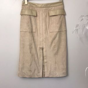 Anthropologie MAEVE Size 6 Suede skirt 🌟🌟🌟